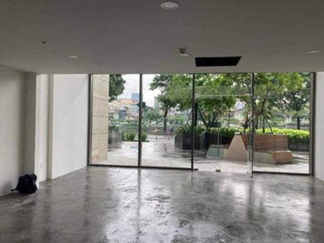 Không gian bên trong shop-house Masteri Millennium Shophouse Masteri Millennium bàn giao thô, diện tích 92m2.