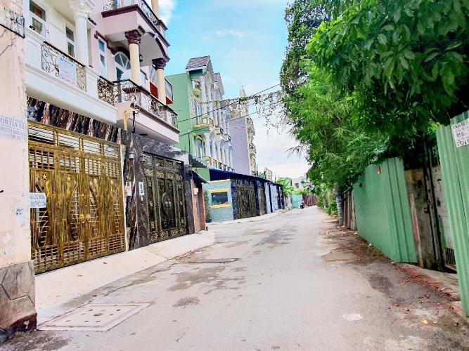 Hẻm nhà phố Hiệp Bình Chánh, Thủ Đức Nhà phố mặt tiền hướng Nam diện tích 60m2, gần chợ Hiệp Bình.