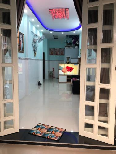 Bán nhà phố đường hẻm Đoàn Văn Bơ, 2 phòng ngủ, diện tích đất 57.2m2, diện tích sàn 142.5m2