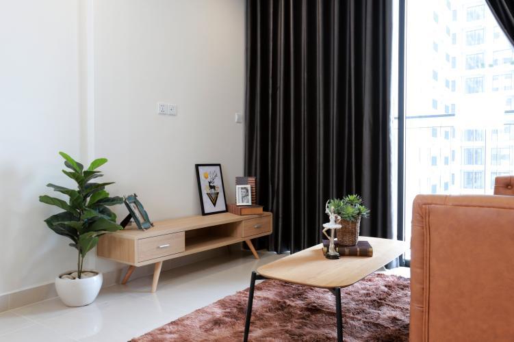 Phòng khách Vinhomes Grand Park Quận 9 Căn hộ Vinhomes Grand Park tầng trung mát mẻ, đầy đủ nội thất.