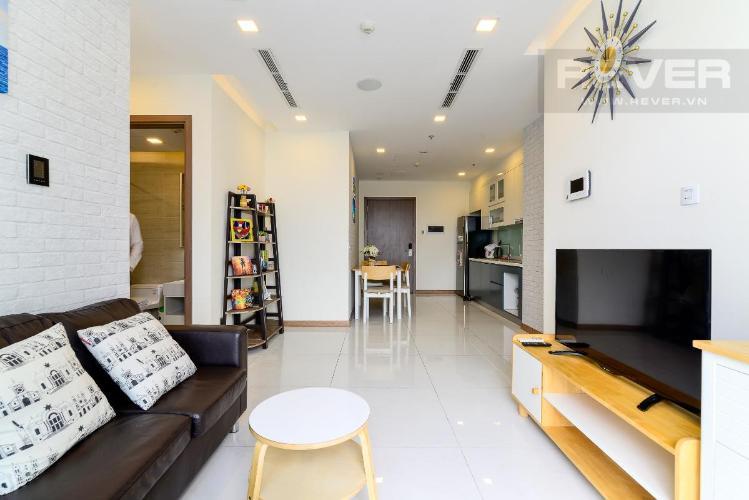 Cho thuê căn hộ Vinhomes Central Park 2PN, tầng cao, đầy đủ nội thất, view nội khu và đường Nguyễn Hữu Cảnh