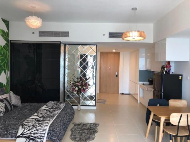 Căn hộ tầng trung La Astoria view thoáng mát, nội thất đầy đủ.