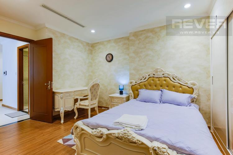 Phòng Ngủ 2 Căn hộ Vinhomes Central Park tầng cao L2 nội thất đẹp, tiện nghi