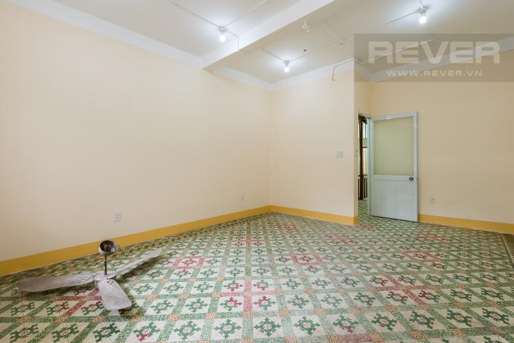 Phòng ngủ 1 Cho thuê nhà đường Phạm Ngũ Lão, 2 tầng, diện tích rộng rãi