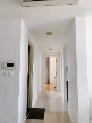 Cho thuê căn hộ Sunrise City tầng thấp, diện tích 94.7m2 - 2 phòng ngủ