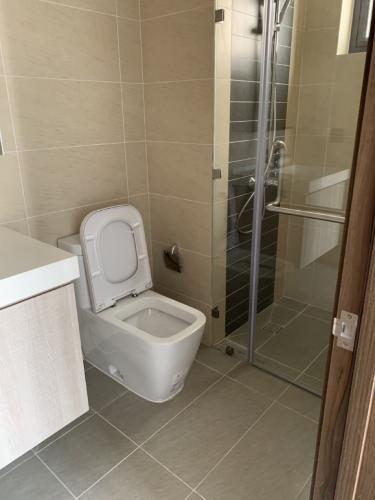 Phòng tắm , Căn hộ River Gate , Quận 4 Căn hộ Rivergate Residence tầng 8 view thoáng mát, đầy đủ nội thất.