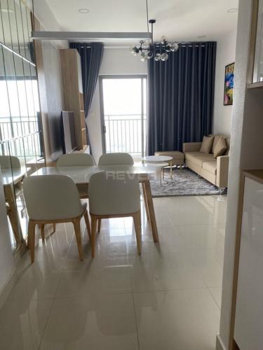 Phòng khách căn hộ The Sun Avenue, Quận 2 Căn hộ The Sun Avenue tầng cao view thành phố, nội thất đầy đủ.