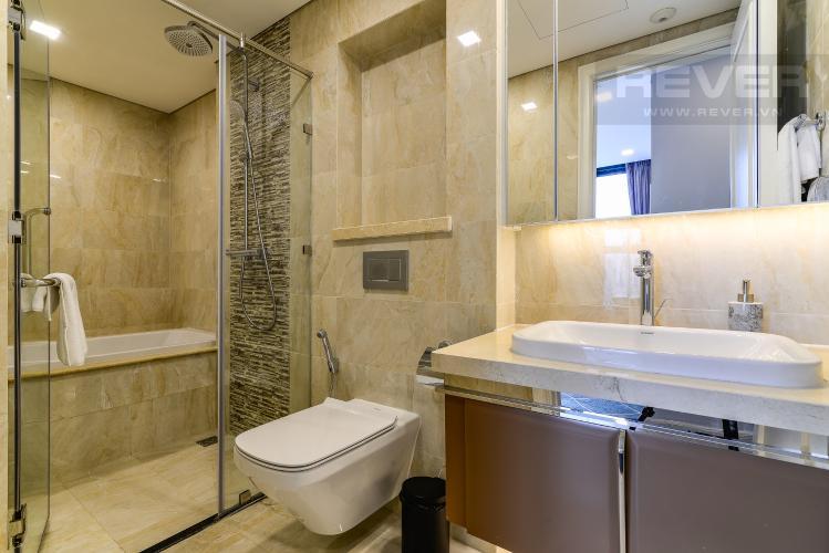 Phòng Tắm 2 Căn hộ Vinhomes Golden River tầng cao 2PN đầy đủ nội thất, có thể dọn vào ở ngay