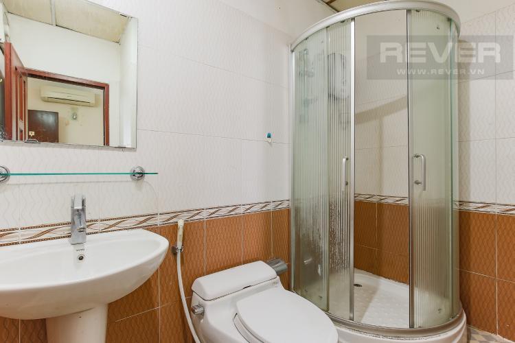 Phòng Tắm 1 Căn hộ Orient Apartment 2 phòng ngủ tầng thấp hướng Đông Bắc