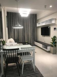 Cho thuê căn hộ Masteri An Phú 2PN, tầng thấp, tháp A, diện tích 71m2, đầy đủ nội thất