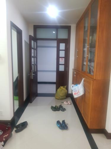 Căn hộ tầng trung chung cư Him Lam Riverside view nội khu thoáng mát.