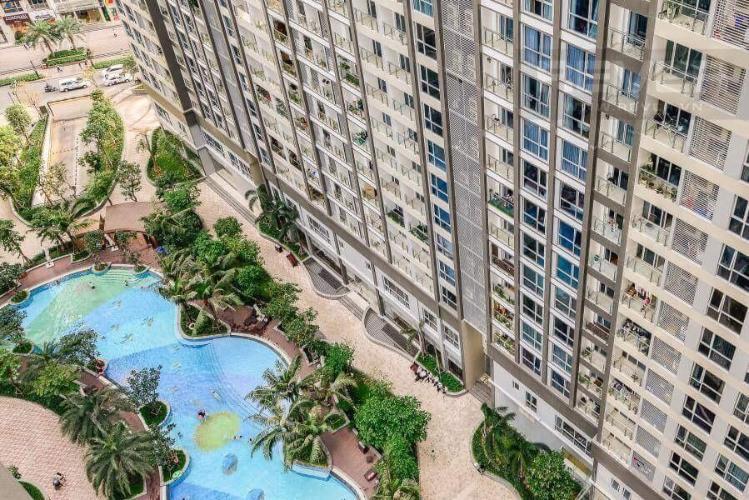 View căn hộ VINHOMES CENTRAL PARK Bán hoặc cho thuê căn hộ Vinhomes Central Park 2PN, tầng 17, đầy đủ nội thất, view hồ bơi