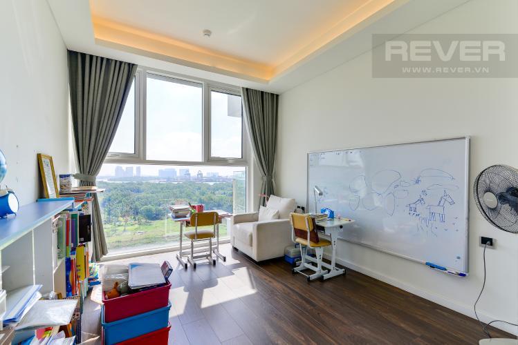 Phòng Ngủ 1 Bán hoặc cho thuê căn hộ Sarica Sala Đại Quang Minh 3PN, đầy đủ nội thất, view công viên và hồ bơi thoáng mát