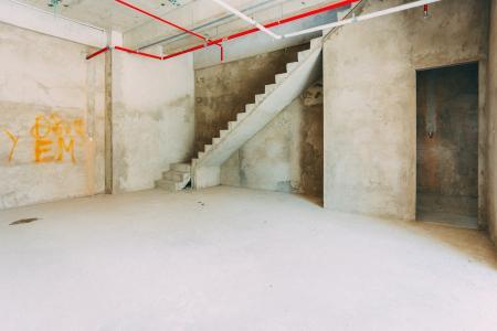 Shophouse M-One Nam Sài Gòn nằm ở tháp T1 hướng Bắc