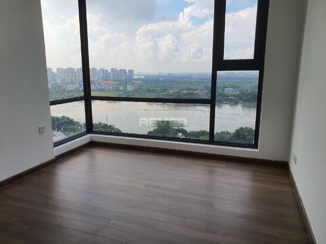 Căn hộ Saigon Pearl tầng cao, view sông mát mẻ, nội thất cơ bản.