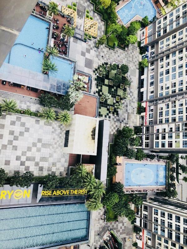 cf3030d7a734416a1825 Bán hoặc cho thuê căn hộ Vinhomes Central Park 1PN, tháp Landmark 81, đầy đủ nội thất, hướng ban công Đông Nam