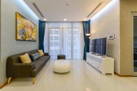 Căn hộ Vinhomes Central Park 2 phòng ngủ tầng cao P7 nội thất đầy đủ