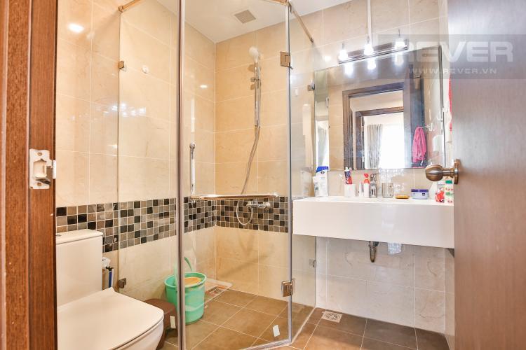 Toilet 1 Căn hộ The Tresor 2 phòng ngủ tầng cao TS1 đầy đủ nội thất