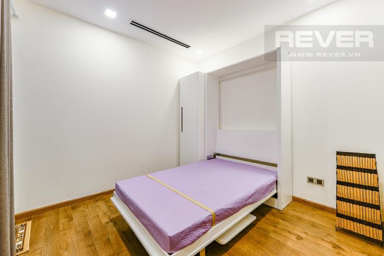 Phòng ngủ 2 Căn hộ Vinhomes Central Park tháp 1, tầng trung, đầy đủ nội thất