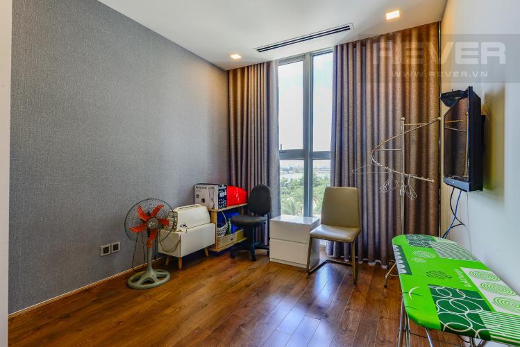 Phòng ngủ 4 Cho thuê căn hộ Vinhomes Central Park tầng thấp, 4PN, đầy đủ nội thất