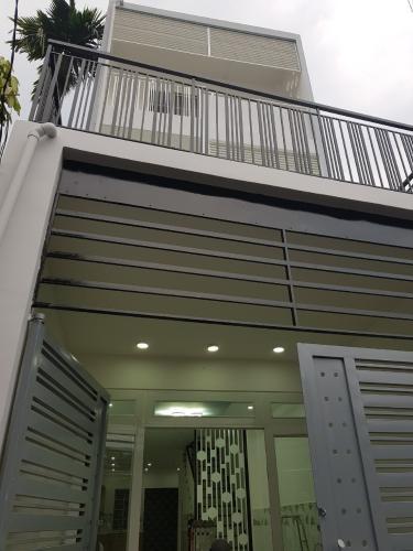 Nhà phố đường Phạm Đăng Giảng thiết kế hiện đại tinh tế, có sổ hồng.