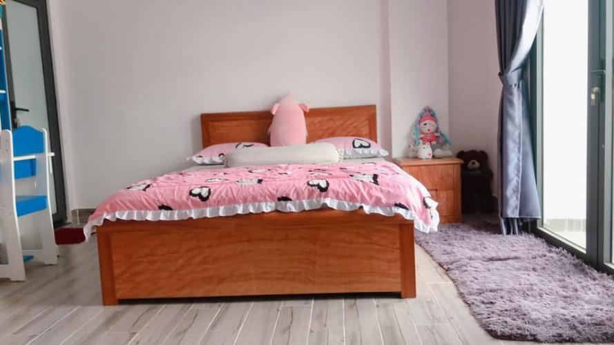 Phòng ngủ Biệt thự mini hướng Tây, thiết kể kiểu Pháp, đường xe hơi.