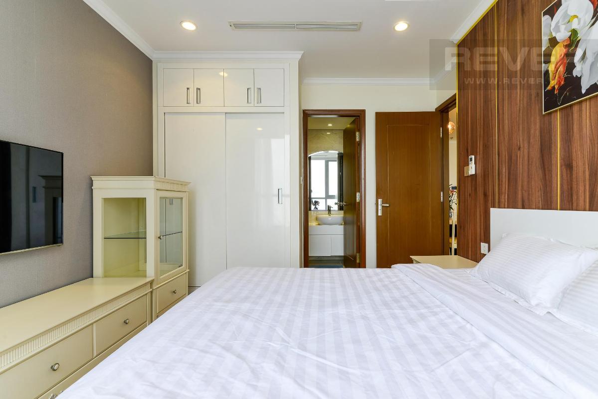 1110c47d3ff9d9a780e8 Cho thuê căn hộ Vinhomes Central Park 3PN, tầng cao, đầy đủ nội thất, view sông thông thoáng