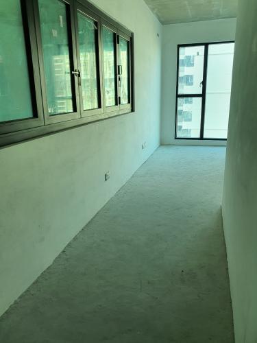 Lối đi Feliz En Vista Căn hộ Feliz En Vista tầng 12, bàn giao thô, 2 phòng ngủ.