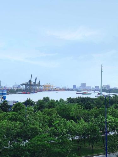 view Căn hộ New City Thủ Thiêm  Bán căn hộ New City Thủ Thiêm đầy đủ nội thất, view sông thoáng mát.