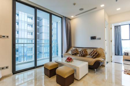 Căn hộ Vinhomes Golden River tầng trung tòa Aqua 3 diện tích 57m2, đầy đủ nội thất