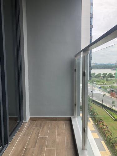 Ban công căn hộ One Verandah, Quận 2 Căn hộ One Verandah view thành phố mát mẻ, đầy đủ nội thất.