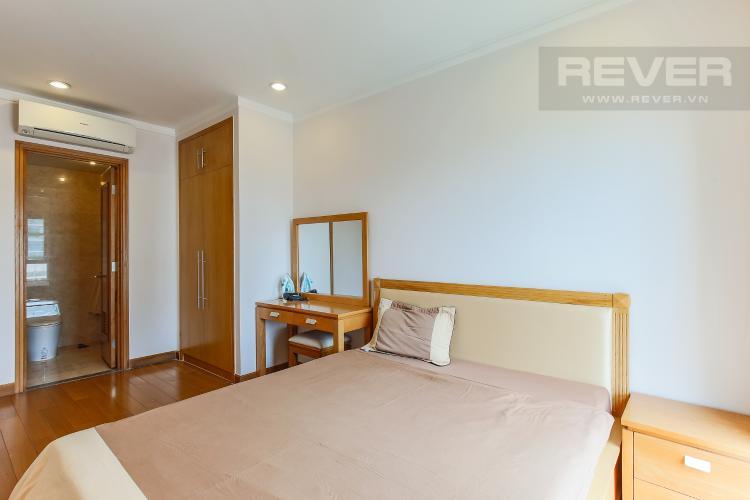 Phòng Ngủ 1 Căn hộ Saigon Pavillon 2 phòng ngủ tầng thấp đầy đủ tiện nghi