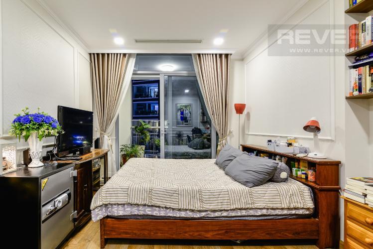 Phòng Ngủ 1 Căn hộ Vinhomes Central Park 3PN đầy đủ nội thất, view hồ bơi
