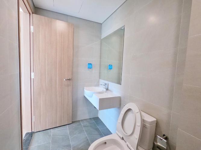 Phòng tắm căn hộ Vinhomes Grand Park Bán căn hộ tầng cao Vinhomes Grand Park, view thành phố thoáng mát.