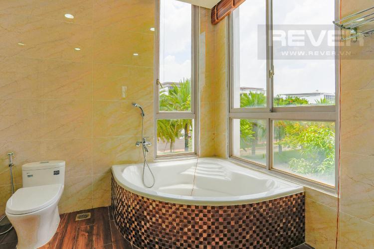 Phòng Tắm Tầng 1 Phòng 1 Biệt thự nghỉ dưỡng 5 phòng ngủ Riviera Cove Quận 9