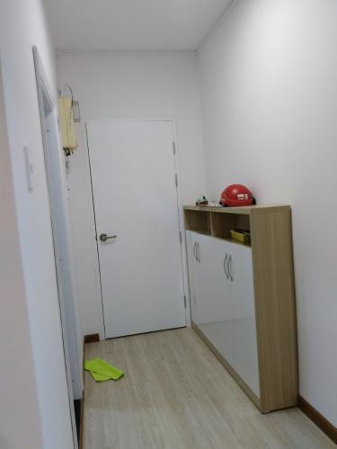 Hành lang chung cư Mỹ Phước, Bình Thạnh Căn hộ chung cư Mỹ Phước tầng thấp, hướng Bắc, đầy đủ nội thất.