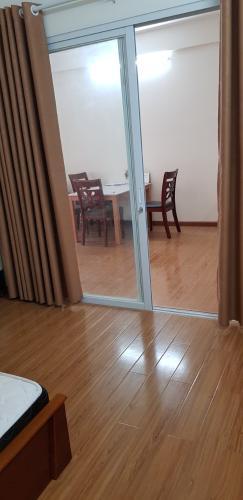 Phòng ngủ căn hộ Flora Fuji, Quận 9 Căn hộ tầng cao chung cư Flora Fuji ban công hướng Nam, view mát mẻ.
