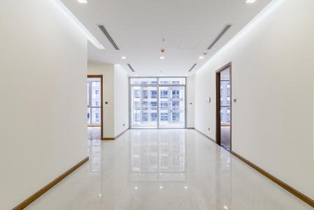 Căn hộ Vinhomes Central Park 2 phòng ngủ, tầng cao P4, nội thất cơ bản