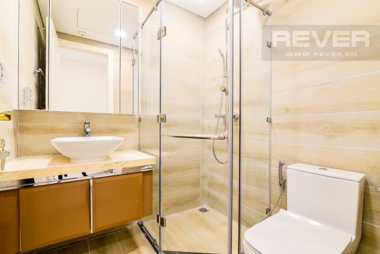 Phòng Tắm 2 Officetel Vinhomes Golden River 2 phòng ngủ tầng cao A4 hướng Đông Bắc