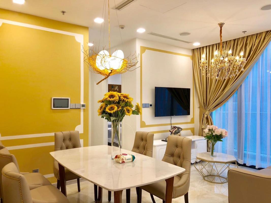 1571452595668 Bán hoặc cho thuê căn hộ Vinhomes Golden River 2PN, đầy đủ nội thất, view sông Sài Gòn và bán đảo Thủ Thiêm