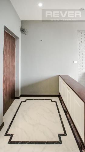 Lobby Cho thuê căn hộ Grand View 3 phòng ngủ, đầy đủ tiện ích, view sông
