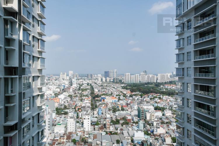 View Căn hộ Sunrise City 2 phòng ngủ tầng cao V2 hướng Đông
