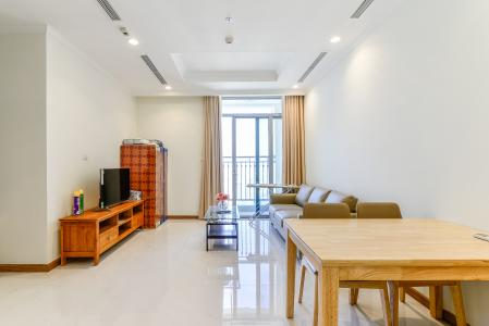 Căn hộ Vinhomes Central Park 2 phòng ngủ tầng cao C3 nội thất đầy đủ