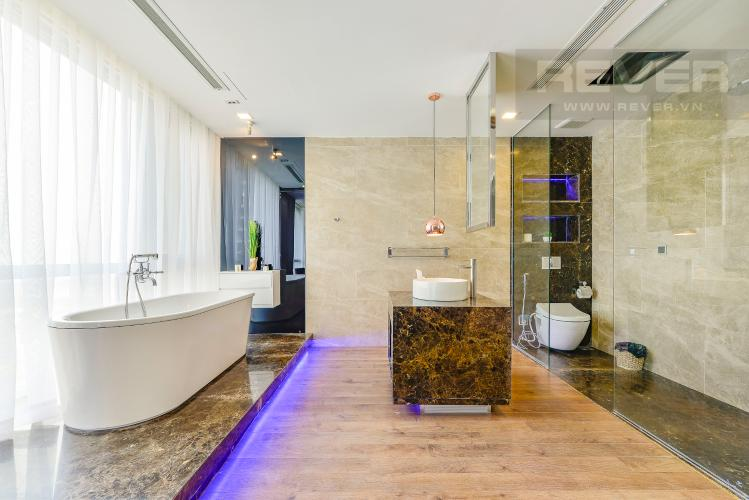 Phòng tắm 1 Căn hộ Vinhomes Central Park 3 phòng ngủ tầng trung P4 view sông