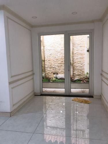 Cửa sau nhà phố Nguyễn Bỉnh Khiêm, Gò Vấp Nhà phố mặt tiền Gò Vấp, thích hợp kinh doanh, mở văn phòng.