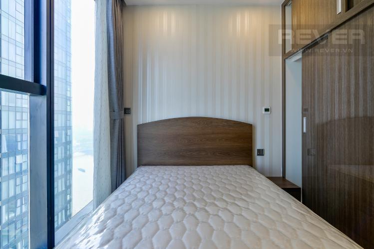Phòng Ngủ 2 Căn hộ Vinhomes Golden River tầng cao, 2PN, bàn giao đầy đủ nội thất