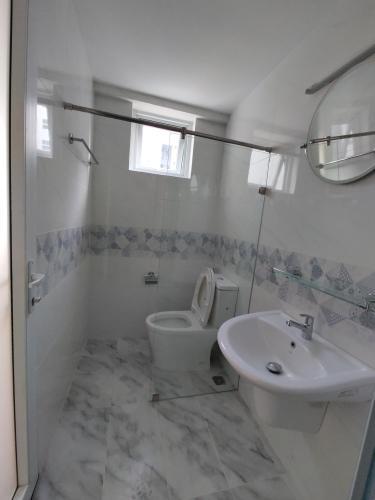 Phòng tắm , Căn hộ Conic Riverside , Quận 8 Căn hộ Conic Riverside tầng 20 ban công Đông Nam, view thoáng mát.