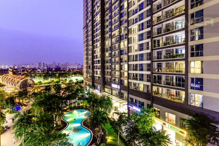 View Căn hộ Vinhomes Central Park 3PN đầy đủ nội thất, view hồ bơi