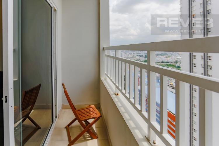 Ban Công Căn hộ Sunrise City 2 phòng ngủ tầng cao W4 view hồ bơi
