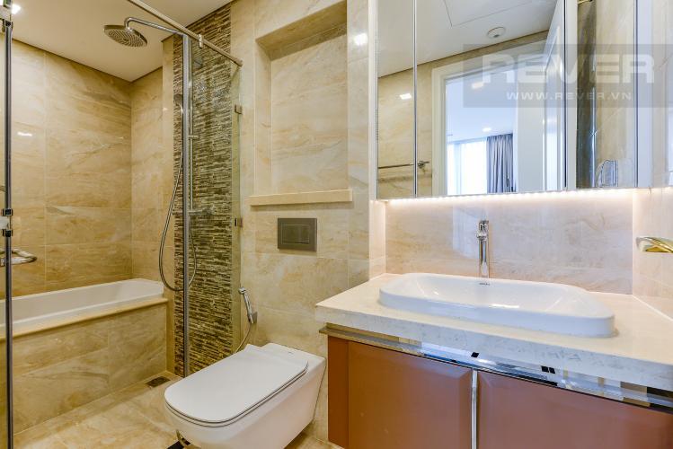Phòng tắm 1 Căn hộ Vinhomes Golden River tầng thấp tòa Aqua 4, 73,3m2, 2 phòng ngủ, full nội thất